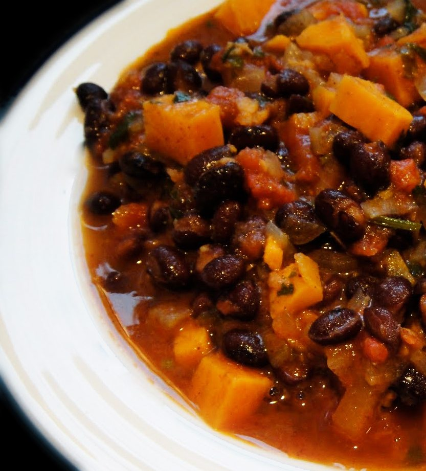 Black Bean and Sweet Potato Chili - Meatless Family Meal