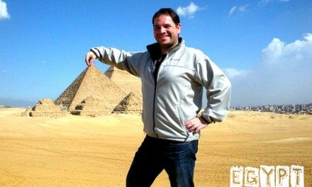 Photo of the Day: Goofing at the Pyramids at Giza – Cairo, Egypt
