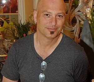 "FOX to air a new ""Mobbed"" with Howie Mandel 11/23/11 9pm"