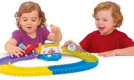 Pocoyo Swiggle Traks Feature Set Toddler Toy {Gift Guide}