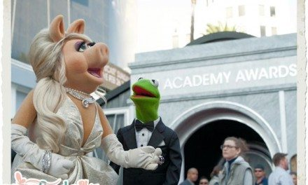 Oscar Looks – Miss Piggy and Kermit the Frog at the 82nd Academy Awards