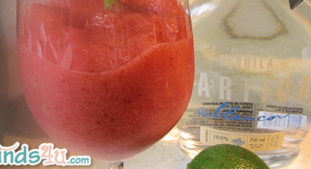 Recipe: Frozen Strawberry Margaritas Easy, Fresh and Delicious