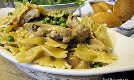 Seasoned Rice Vinegar Creamy Chicken and Garlic Pasta Recipe