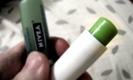 NIVEA Kiss of Olive Oil  & Lemon Moisture Rich Lip Care Review