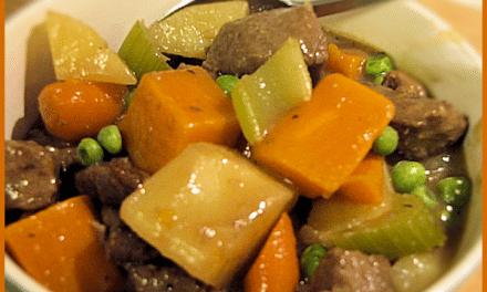 Recipe: Savory Winter Vegetable Beef Stew with Vegetarian Options