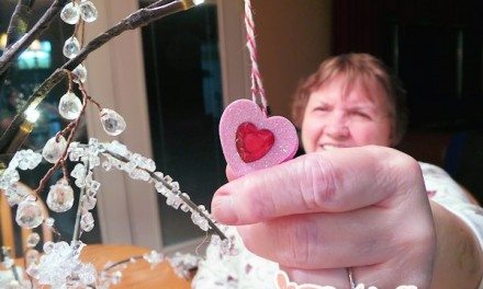 Craft: Easy Valentine's Day Tree Featuring Martha Stewart Crafts