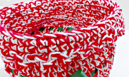 Free Holiday Crochet Patterns: Ribbon Basket