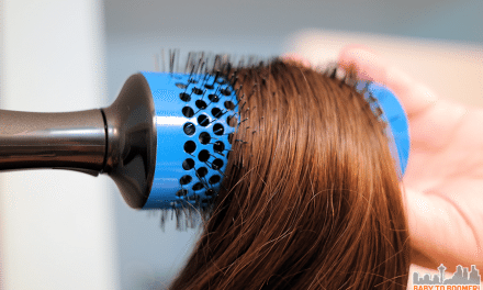 Click N Curl: Refresh Your Hair with a Dry Blowout